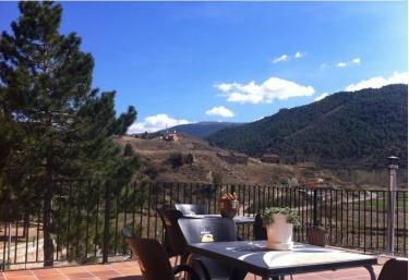 Casa Torta Apartamentos - Valacloche, Teruel