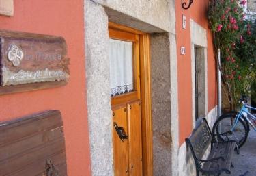 Plazuela Spa - Los Sitios de Aravalle - Gil-García, Avila