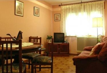 Casa Molinero - San Leonardo De Yague, Soria
