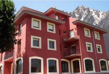 Apartamentos Josefina - Ojedo, Cantabria
