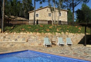 Can Salarichs - Riudarenes, Girona