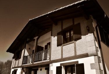 Casa Markulluko Borda - Elizondo, Navarre