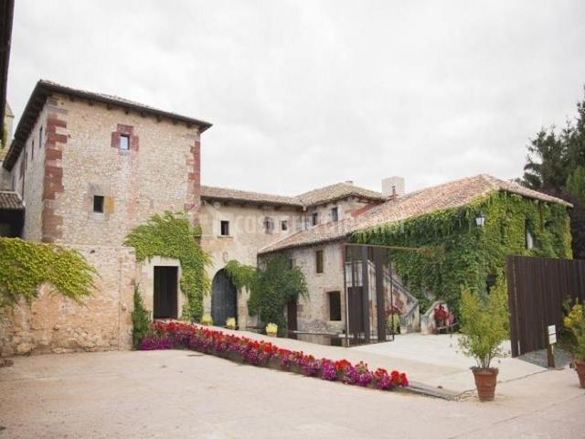 El Convento De Mave Santa Maria De Mave Palencia