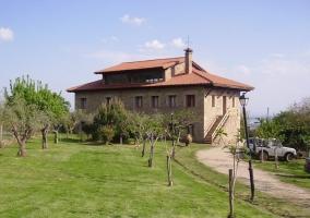 Hotel y casa rural Ropino