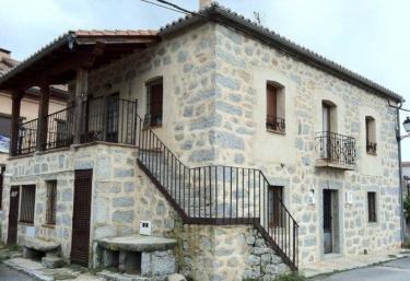 Hostal y Casa Rural La Colmena - Vicolozano, Avila