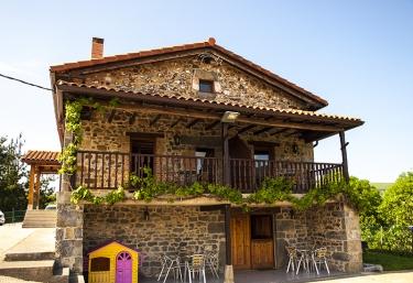 Apartamentos La Barcenilla - Herada De Soba, Cantabria
