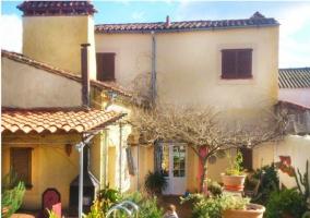 Casa Rural Valdevilano - La Roca De La Sierra, Badajoz
