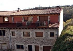 Casas Las Cervalizas - Entrambasaguas (Campoo De Suso), Cantabria
