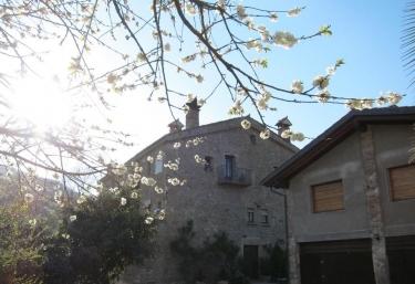 Mas El Llach - La Vall De Bianya, Girona