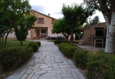 Casa Rural Las Tuyas - Palazuelos De Eresma, Segovia