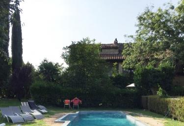 Casa Prat - Sant Feliu De Pallerols, Girona