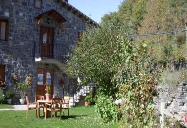 Casa Martin Apartamentos - Sarvise, Huesca