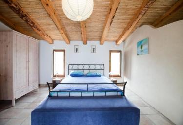Cal Pau Cruset- Casa Xarello - Torrelles De Foix, Barcelona
