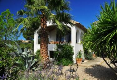 Cal Pau Cruset- Casa Moscatel - Torrelles De Foix, Barcelona