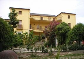 Hosteria Las Palmeras Casa Colonial - Madrigal De La Vera, Caceres