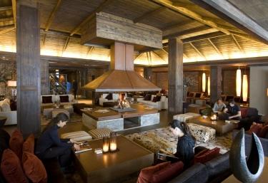 Hotel Val de Neu - Urbanització Vaqueira Beret (Vaqueira Beret), Lleida