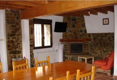Casa del Capataz - Villar Del Rio, Soria