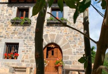 Casa Rural Elurkoia