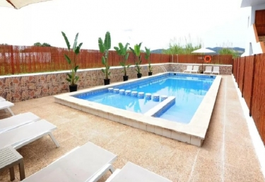 Apartamentos Los Escondidos - Platja D'en Bossa, Ibiza