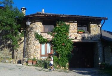 Albergue Casa Fumenal - Padarniu, Huesca