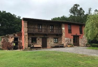 Quinta del Sauce - Villaviciosa, Asturias