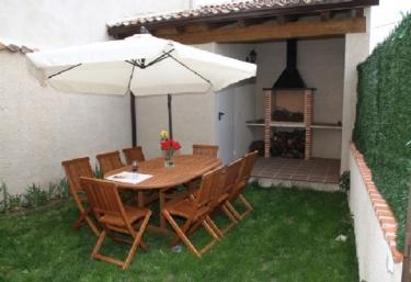 Apartamento Turístico San Roque - Fuenterrebollo, Segovia