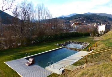 Casanova de Baix - Campdevanol, Girona